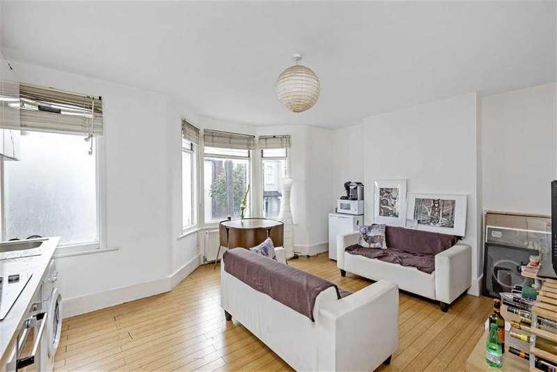 3 Bedrooms Flat for sale in Aliwal Road, Battersea, London, SW11