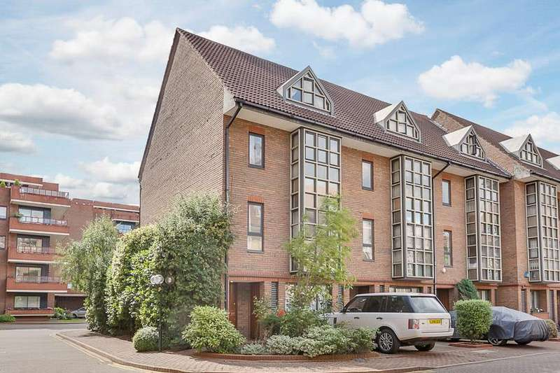 4 Bedrooms House for sale in Windsor Way, Brook Green, London, W14