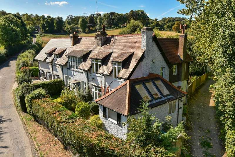 3 Bedrooms House for sale in Amersham, Buckinghamshire, HP5