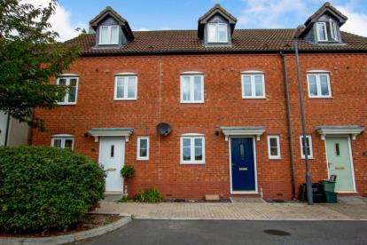 3 Bedrooms Terraced House for sale in Sheaves Park, Bristol