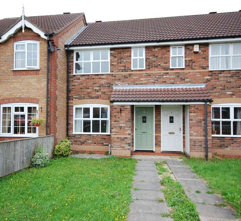 2 Bedrooms Terraced House for sale in 6 Cordeaux Close, Louth, LN11 0GD