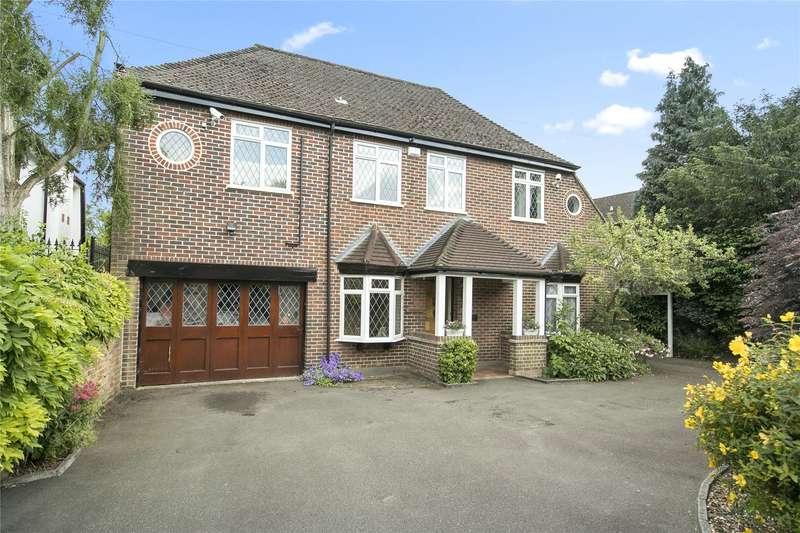 4 Bedrooms Detached House for sale in Ferry Lane, Laleham, Surrey, TW18