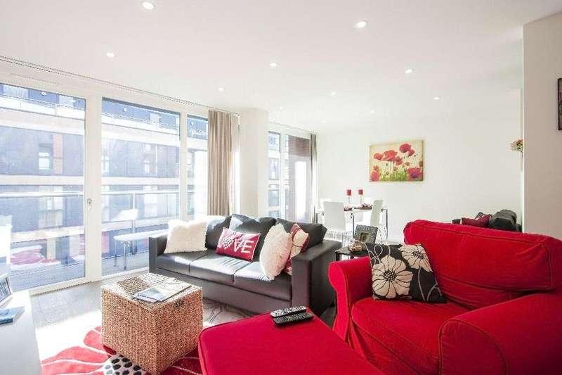 2 Bedrooms Flat for sale in Worcester Point, Central Street, London, EC1V