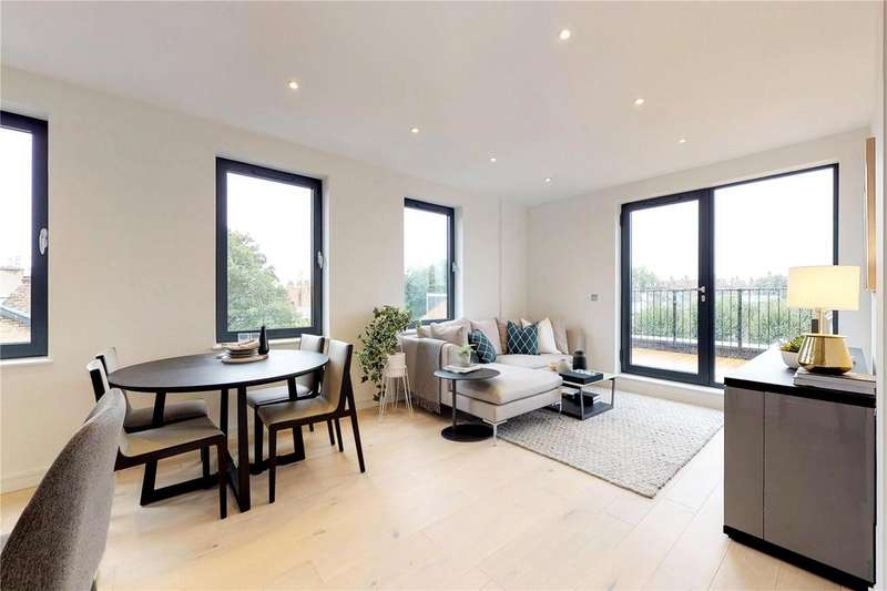 3 Bedrooms Penthouse Flat for sale in Lower Clapton Road, London, E5