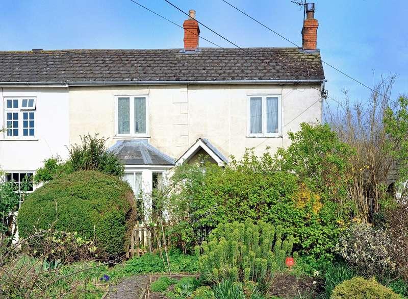 2 Bedrooms Cottage House for sale in Crisparkle Cottage, 24 Bay Road, Gillingham, Dorset SP8 4EF