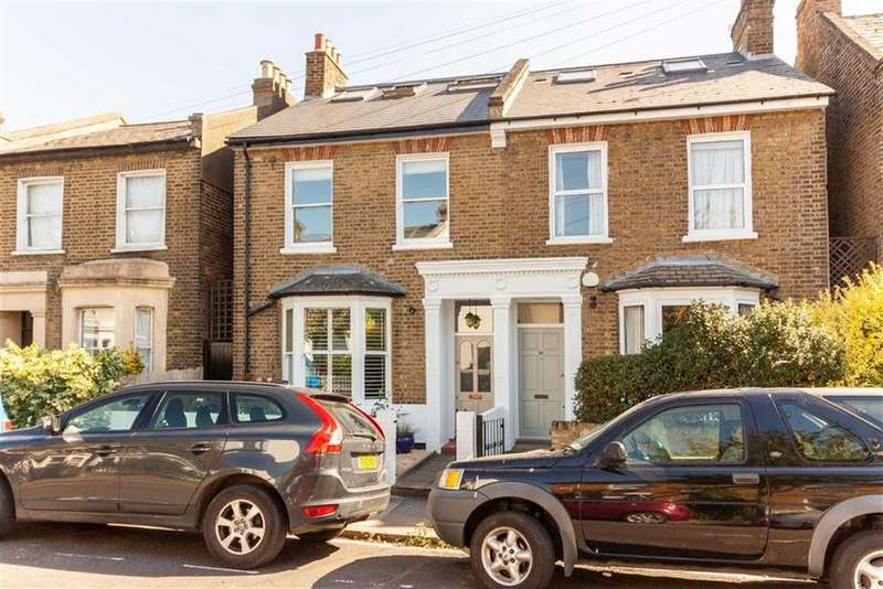 4 Bedrooms Semi Detached House for sale in Myrtle Road, London