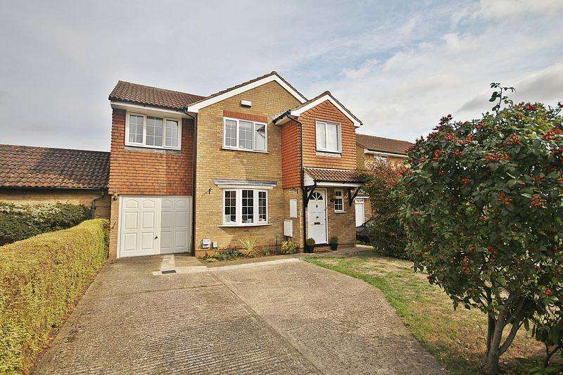 4 Bedrooms Detached House for sale in The Quantocks, Flitwick