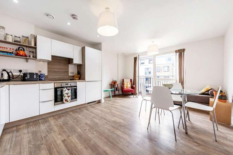 2 Bedrooms Flat for sale in Carney Place, Coldharbour Lane, London, London SW9