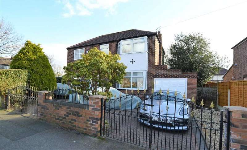 5 Bedrooms Detached House for sale in Derwent Road, URMSTON, Manchester, M41
