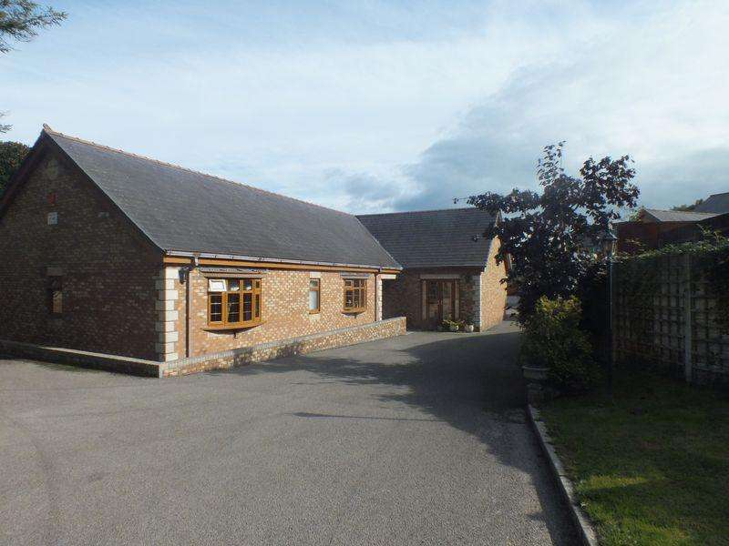 4 Bedrooms Detached Bungalow for sale in Ty-Ffynnon