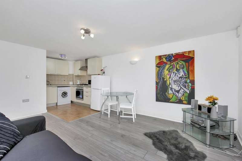 2 Bedrooms Flat for sale in Ilderton Road, London SE16