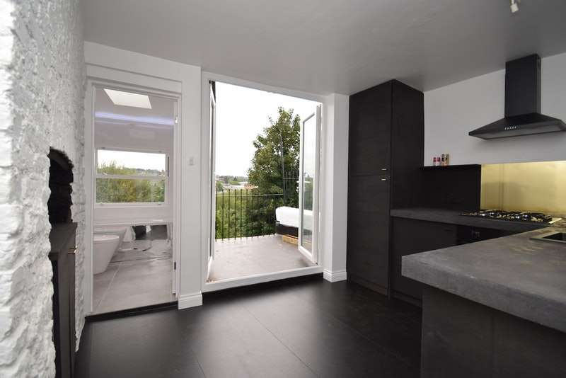2 Bedrooms Flat for sale in Auckland Hill, London, London, SE27