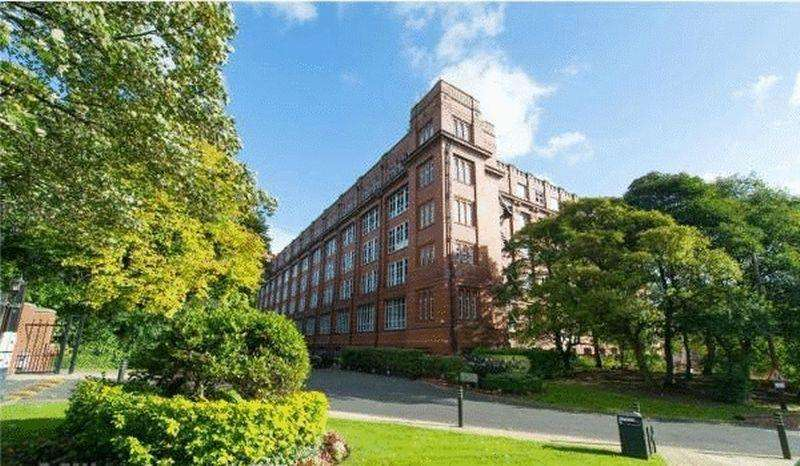 1 Bedroom Apartment Flat for sale in The Cotton Works, Holden Mill, Blackburn Road, Bolton, Lancashire. ***OFFERED WITH NO CHAIN***