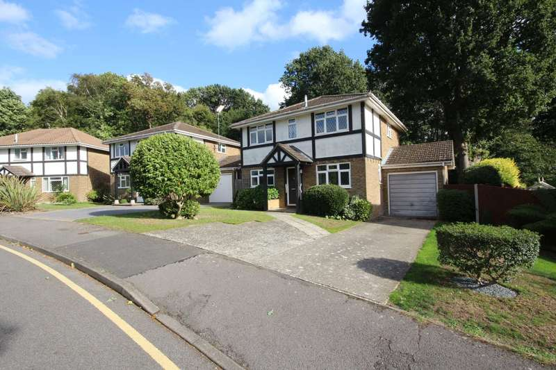 4 Bedrooms Detached House for sale in Beech Glen, Bracknell