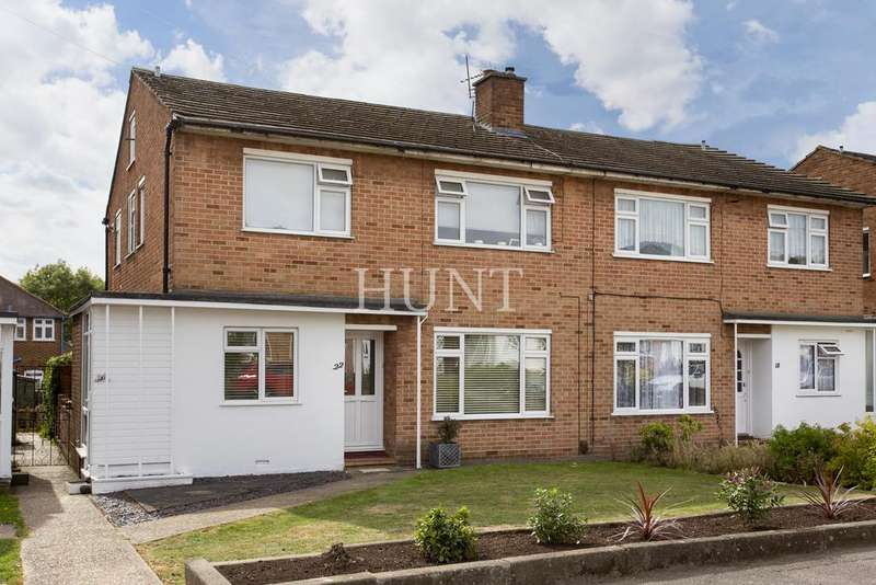 2 Bedrooms Maisonette Flat for sale in Heathfield, London E4