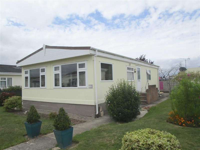 2 Bedrooms Mobile Home for sale in Berkeley Vale Park, Hook Street, Berkeley, GL13