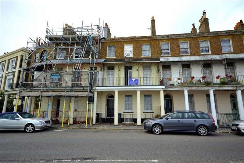 6 Bedrooms Terraced House for sale in Wellington Crescent, Ramsgate, Kent