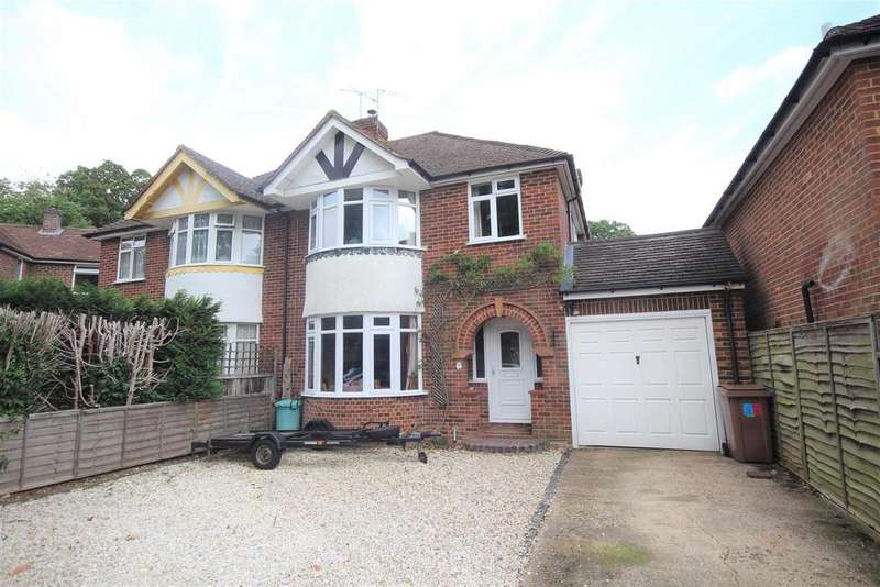 3 Bedrooms Semi Detached House for sale in Ryecroft Close, Woodley, Reading