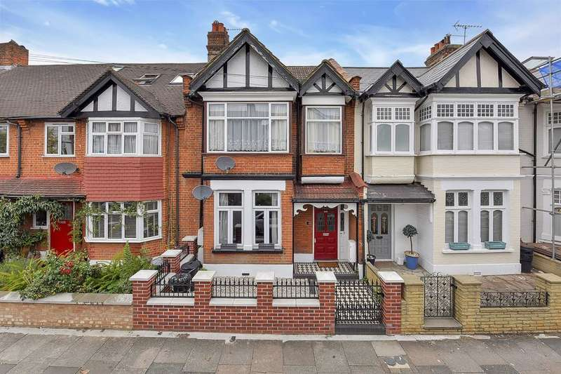 2 Bedrooms Flat for sale in Crowborough Road, London SW17