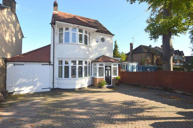 3 Bedrooms Detached House for sale in Dunstable Road, Luton, Bedfordshire, LU4 8SE