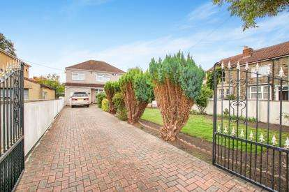 4 Bedrooms Detached House for sale in Counterpool Road, Kingswood, Bristol, South Gloucestershire
