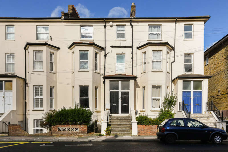 1 Bedroom Flat for sale in Courthill Road, Hither Green, SE13