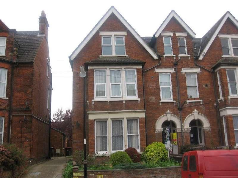 1 Bedroom Flat for sale in St Michales Road, Bedford, Bedford, Bedfordshire, MK40 2LT