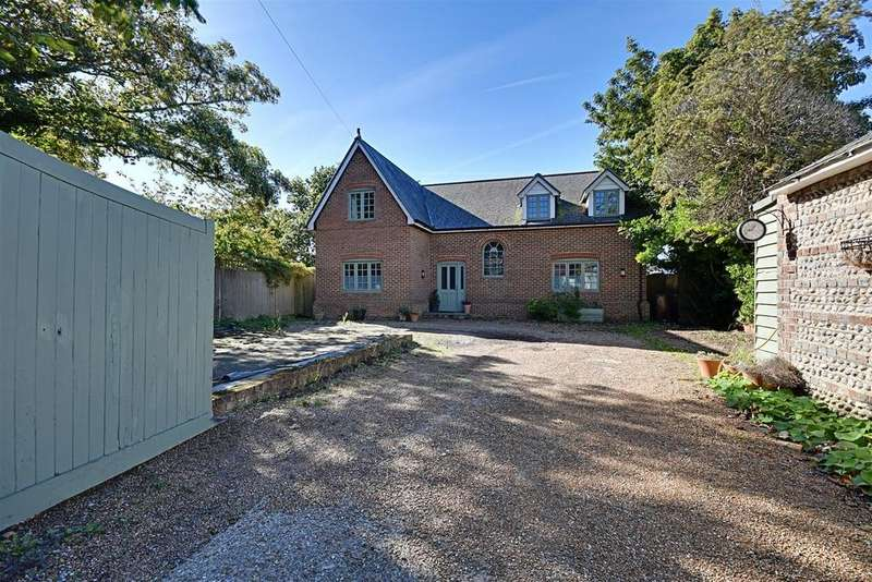 5 Bedrooms Detached House for sale in Belle Hill, Bexhill-On-Sea