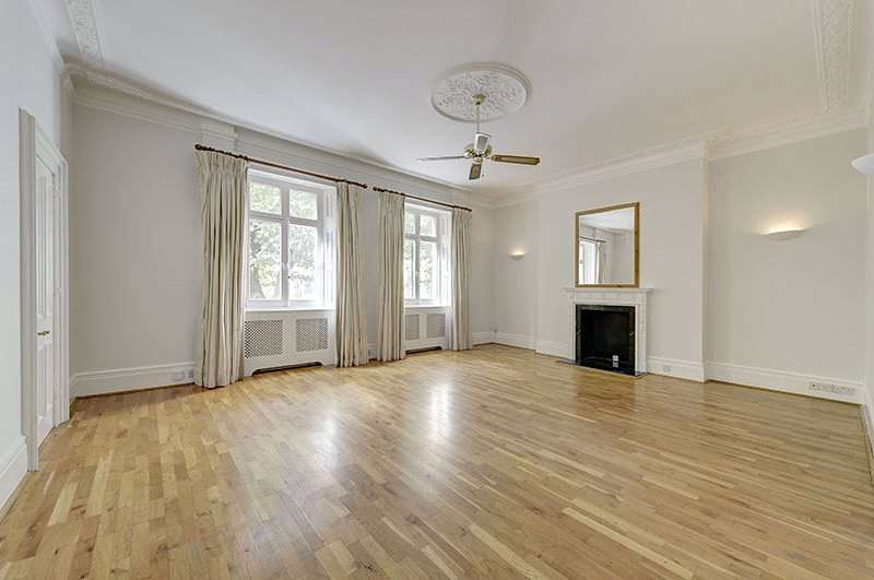 3 Bedrooms Flat for sale in Addison Road, London, W14
