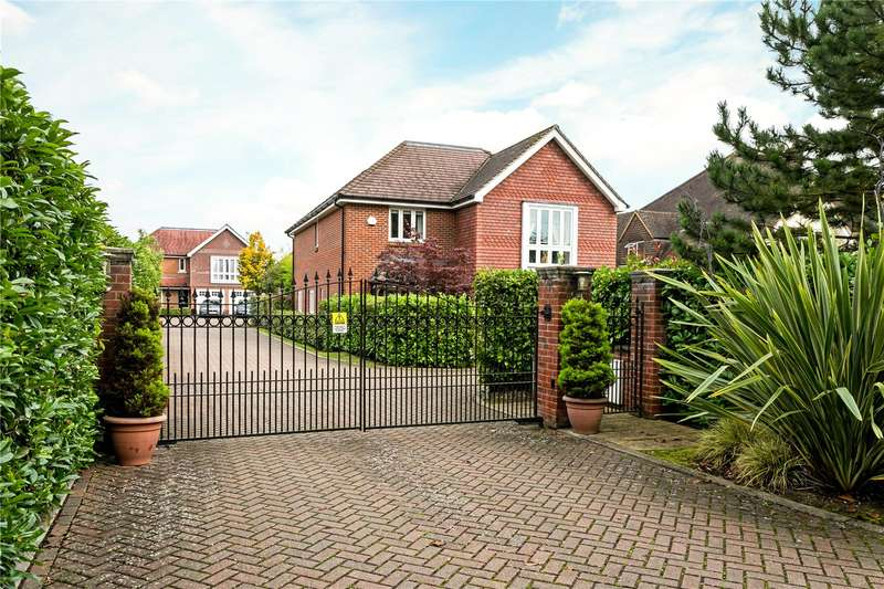 5 Bedrooms Detached House for sale in Henden Mews, Maidenhead, Berkshire, SL6