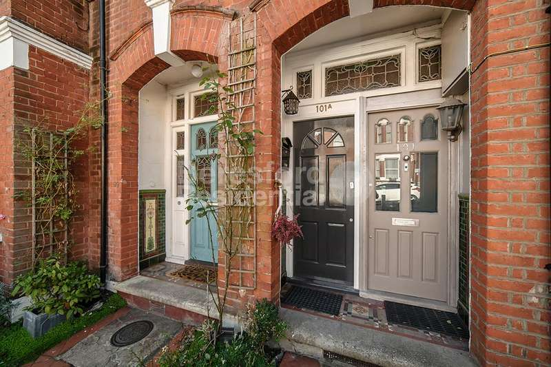 3 Bedrooms Maisonette Flat for sale in Casewick Road, West Norwood, SE27