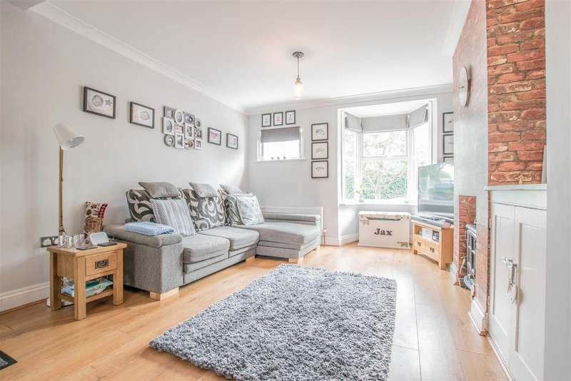 2 Bedrooms Semi Detached House for sale in Old Highway, Hoddesdon - WITH OFF STREET PARKING!