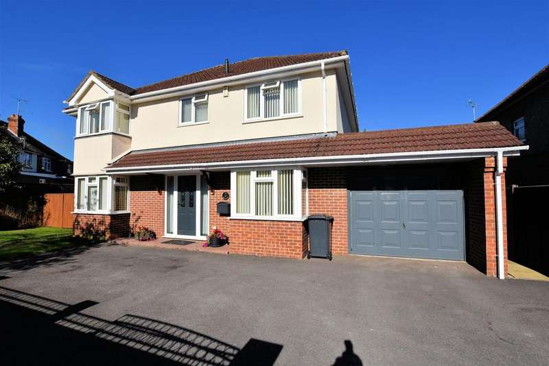 4 Bedrooms Detached House for sale in Wendover Way, Tilehurst, Reading