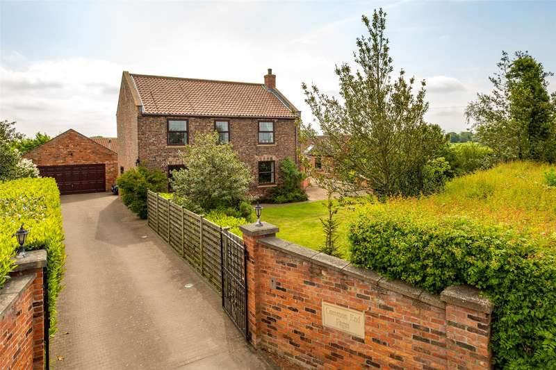 4 Bedrooms Detached House for sale in Cliffe, Selby, YO8