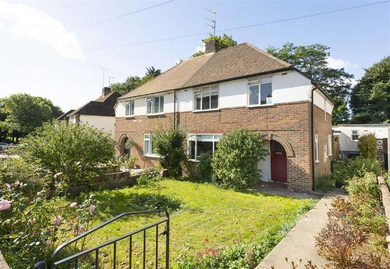 3 Bedrooms Semi Detached House for sale in Easthill Drive, Portslade