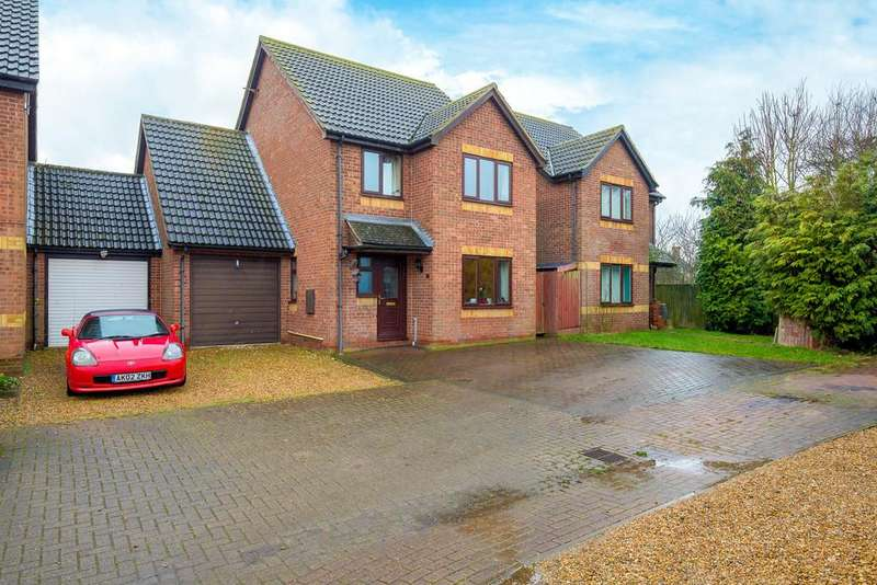 4 Bedrooms Detached House for sale in Chandlers Way, Ramsey Mereside