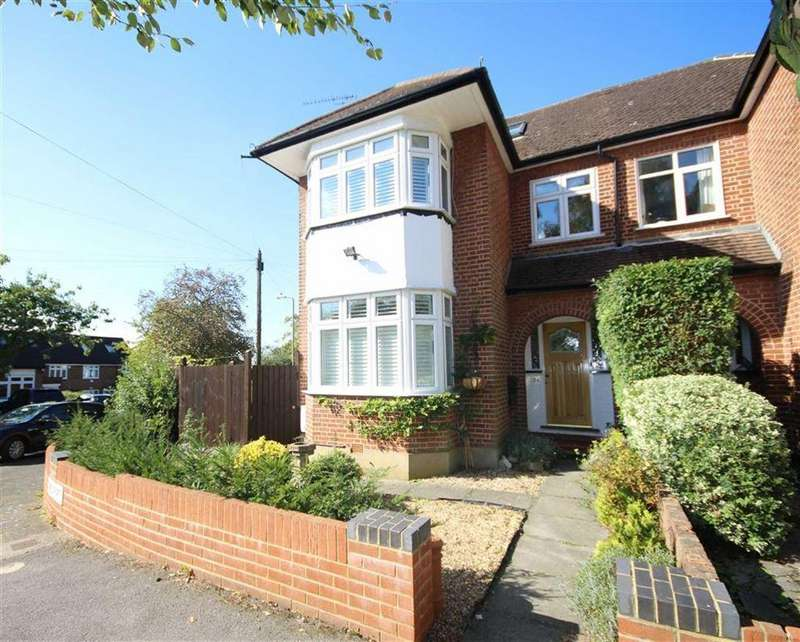4 Bedrooms House for sale in The Croft, High Barnet, Hertfordshire