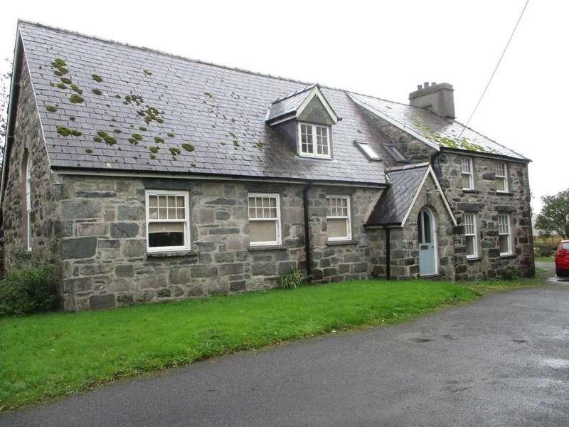 3 Bedrooms Detached House for sale in Trawsfynydd, Blaenau Ffestiniog