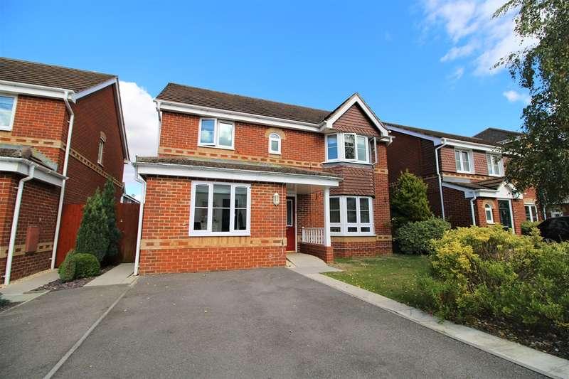 5 Bedrooms Detached House for sale in Broadmere Road, Beggarwood, Basingstoke, RG22