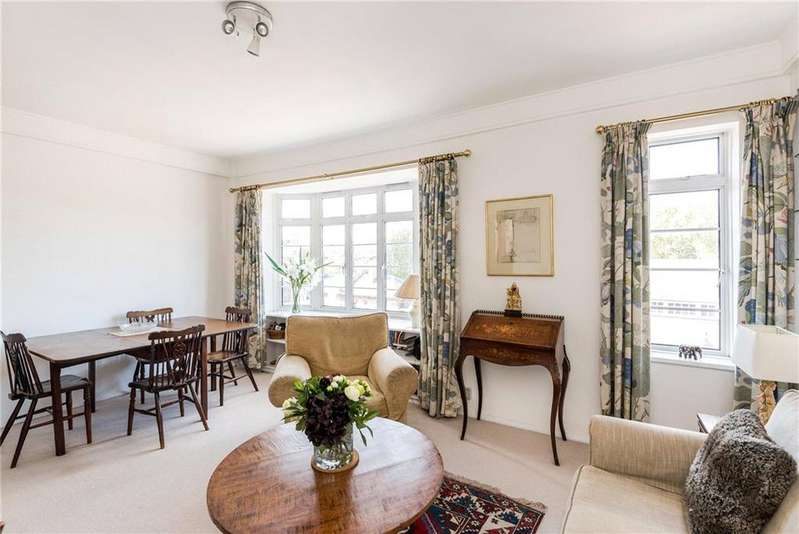 3 Bedrooms Flat for sale in Rosscourt Mansions, Buckingham Palace Road, Victoria, London, SW1W