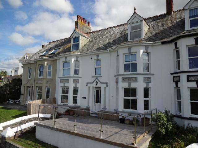 5 Bedrooms House for sale in Treknow