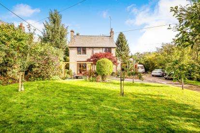 3 Bedrooms Detached House for sale in Vicarage Road, Rhydymwyn, Mold, Flintshire, CH7