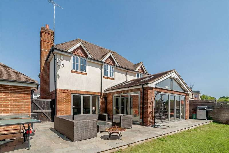 4 Bedrooms Detached House for sale in Lovel Road, Winkfield, Windsor, Berkshire