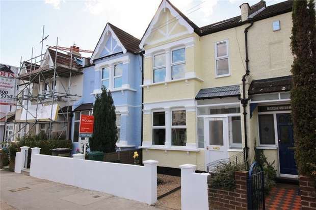 3 Bedrooms Terraced House for sale in Cambridge Road, Anerley, London