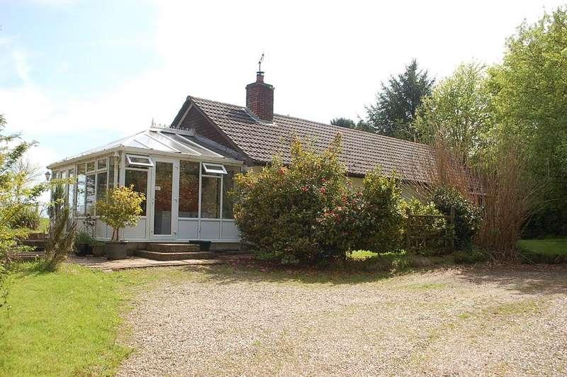 3 Bedrooms Bungalow for sale in Bradworthy DEVON