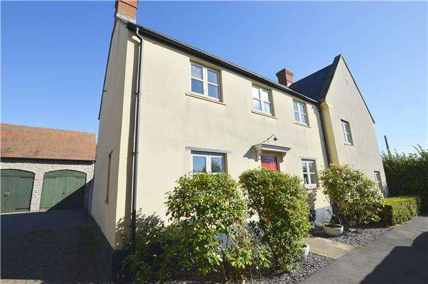 3 Bedrooms Semi Detached House for sale in Greenfield Walk Midsomer Norton, BA3 2RP