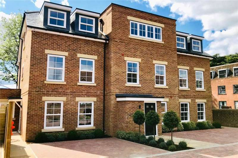 4 Bedrooms House for sale in College Street, Petersfield, Hampshire, GU31