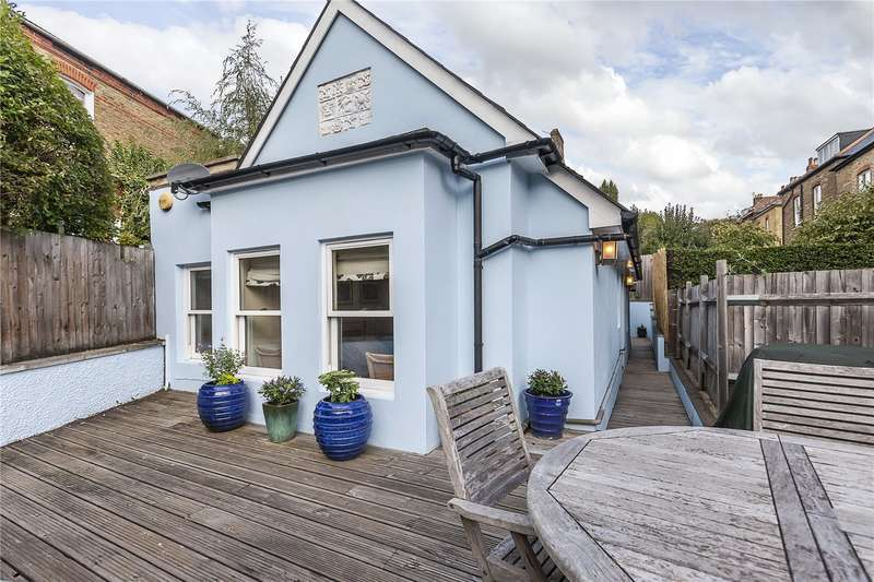 3 Bedrooms Detached House for sale in Ewelme Road, London, SE23