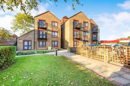 1 Bedroom Flat for sale in Manor Gardens House, Manor Road, Fishponds, Bristol