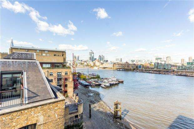 2 Bedrooms Flat for sale in Luna House, 37 Bermondsey Wall West, London
